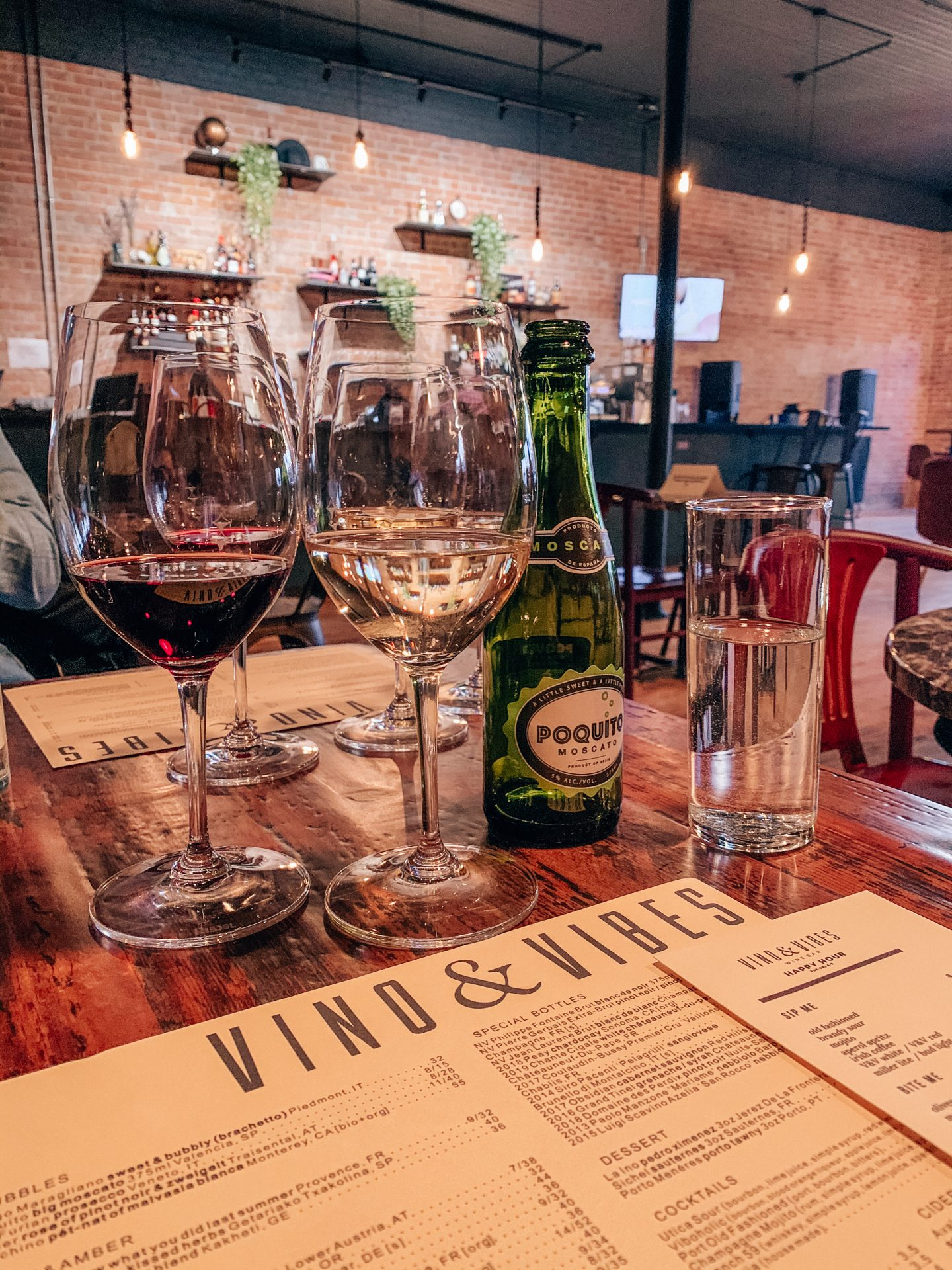 metro detroit wine bars